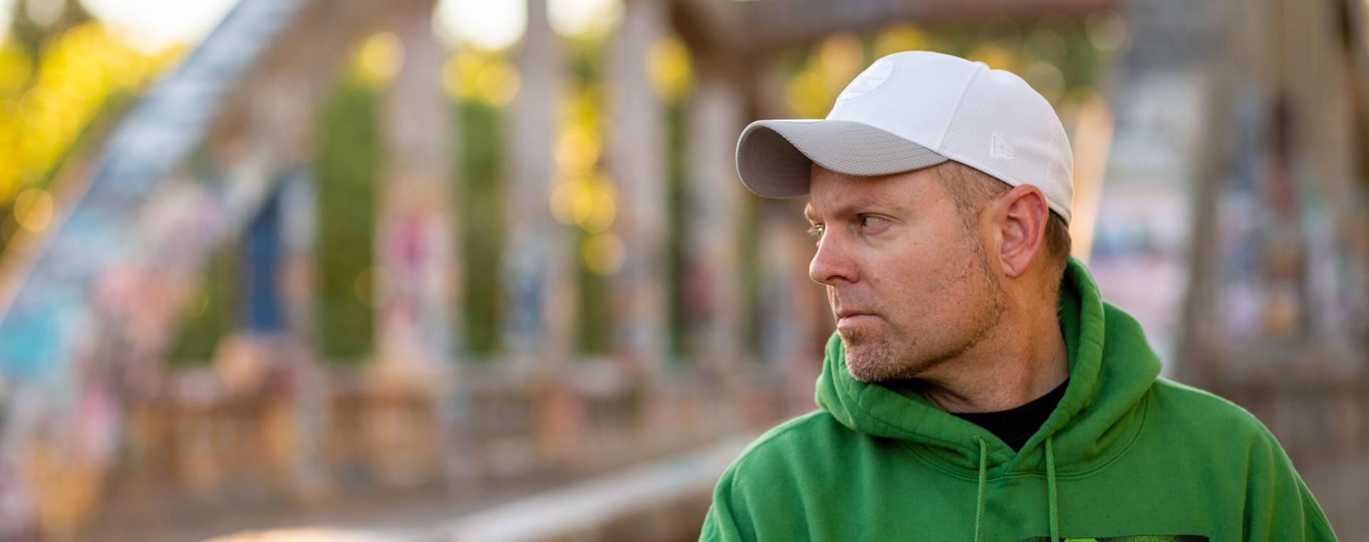 LATEST ISSUE <br><b>DJ Shadow</b></br>